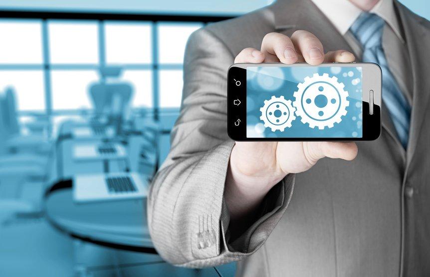 Digitale Transformation im HR Bereichmartphone to success concept